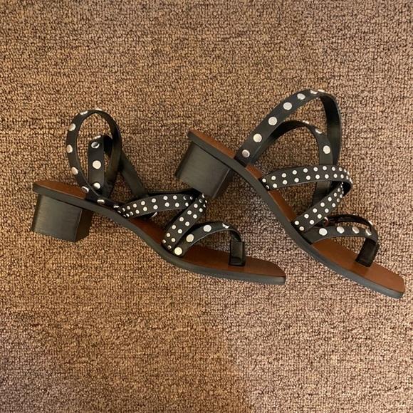 NWOT Zara studded leather heeled sandals
